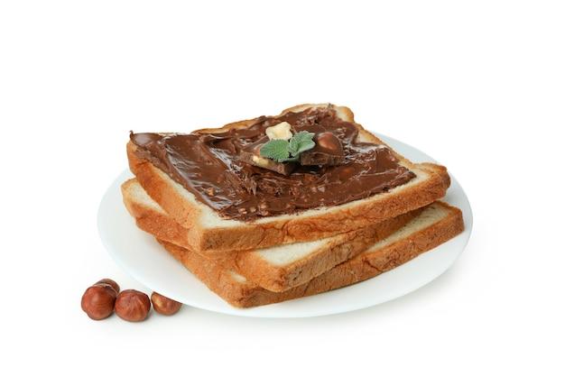 흰색 배경에 고립 된 초콜릿 페이스트 샌드위치와 접시