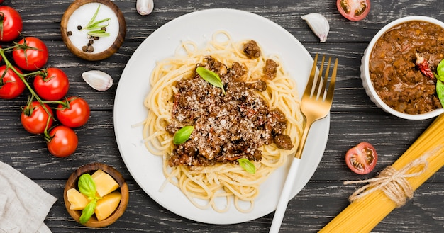 Plate with spaghetii bolognese
