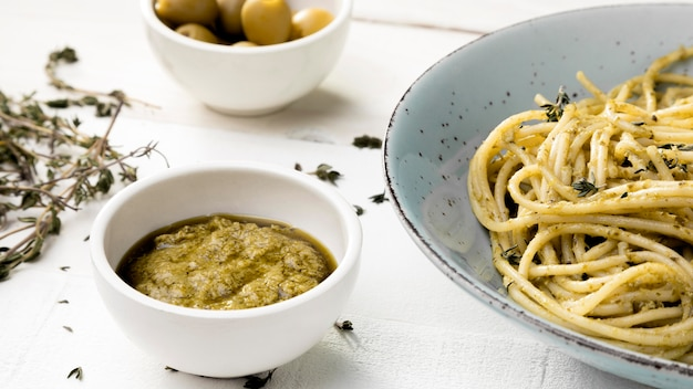 Plate with spaghetti and souce