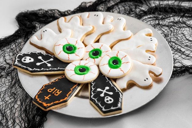 Plate with specific halloween treats