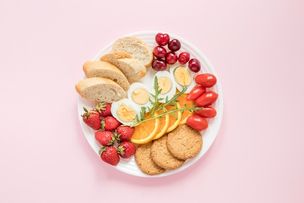 Plate with vegetables and fruits