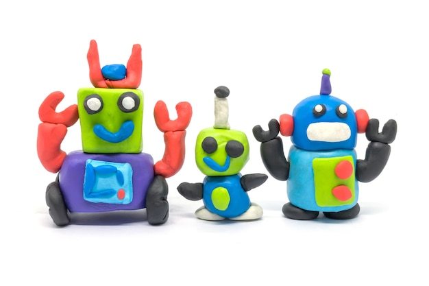Группа playdough роботов, изолированные на белом фоне