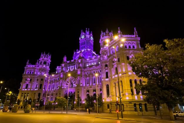 Plaza de cibeles with palacio de comunicaciones, madrid, spain.