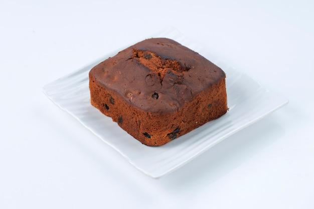 자두 케이크 건포도 캐슈넛과 말린 과일을 사용하여 집에서 만든 맛있는 크리스마스 케이크