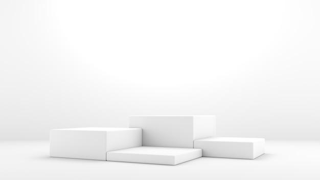 Подиум стоит на белых и минималистичных квадратных пьедесталах для демонстрации продукции простая и чистая концепция
