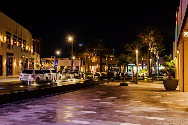 The pointe, dubai, uae. the pointe , a newly opened shopping place having restaurants, caf�and shops at palm jumeirah, dubai, uae
