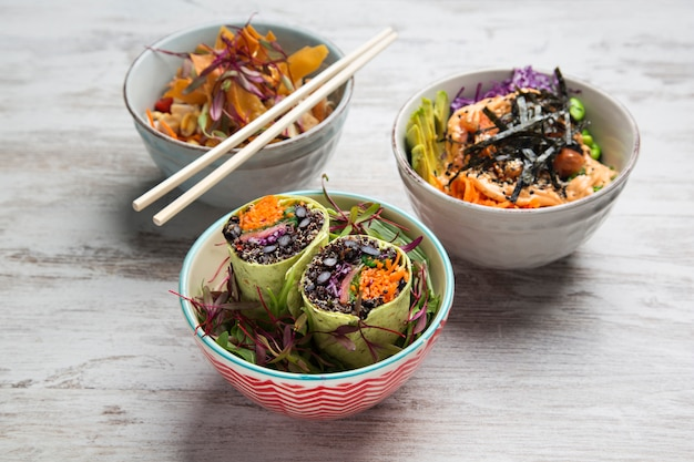 Poke bowl and spinach wrap