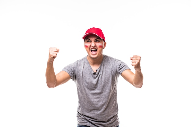 ポーランドが勝ちます。白い背景の上のポーランド代表チームのゲームサポートでポーランドのサッカーファンの勝利、幸せとゴール悲鳴の感情。サッカーファンのコンセプト。