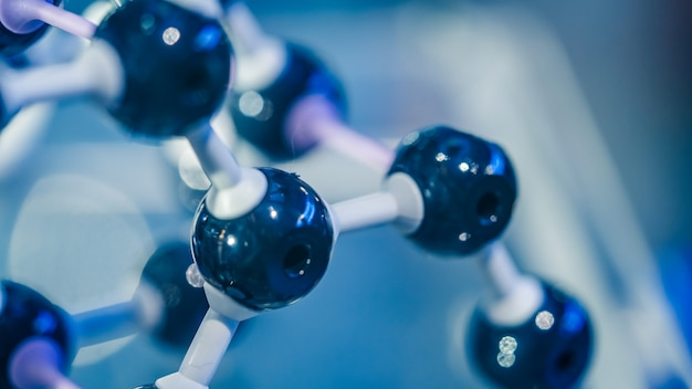Polar covalent bond of water molecule