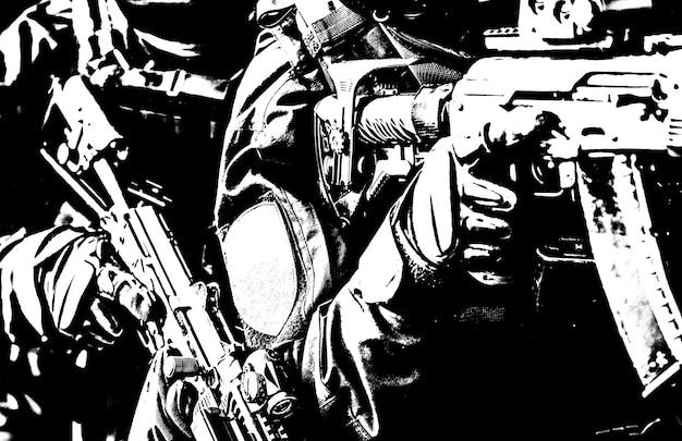 Тактическое подразделение специальных операций полиции, члены спецназа в черной униформе, вооруженные служебными винтовками, стоят стопкой во время выдачи ордера на арест, операция по задержанию подозреваемого, обрезано через плечо