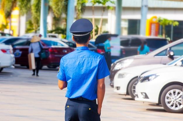 중국 거리의 경찰.