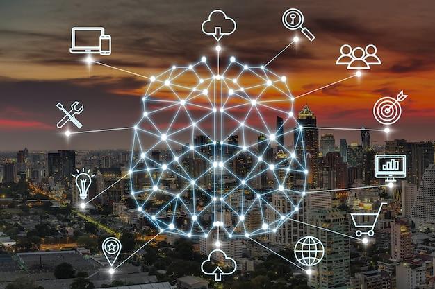 스마트 시티의 다양한 아이콘이 있는 인공 지능의 다각형 뇌 모양