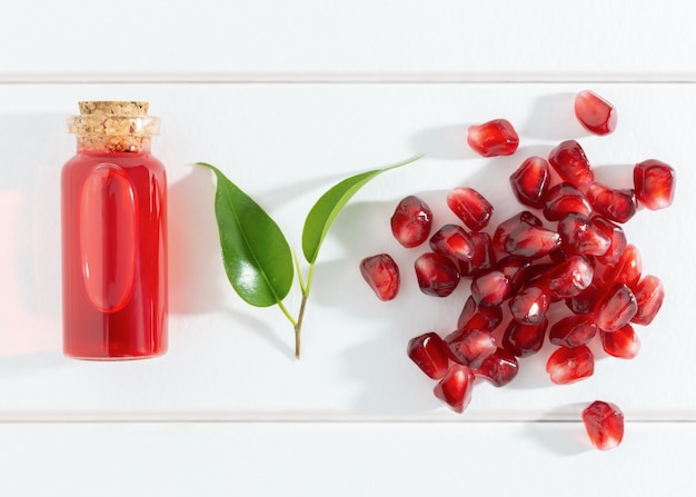 Семена граната и масло или эликсир