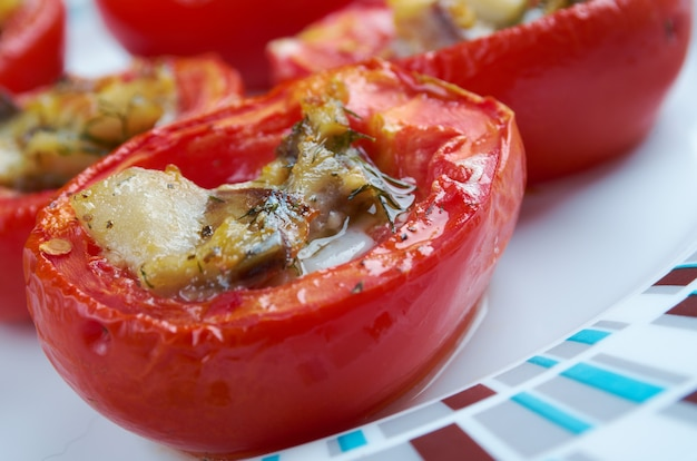 Pomodori al forno - italian stuffed baked tomatoes with anchovies
