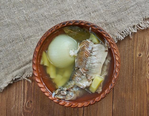 白身魚のポモルスキー魚のスープ