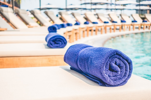 Pool towel