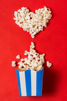 Popcorn bow and heart shape