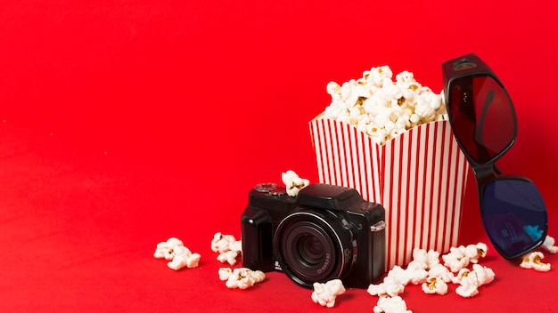 Popcorn box with camera beside