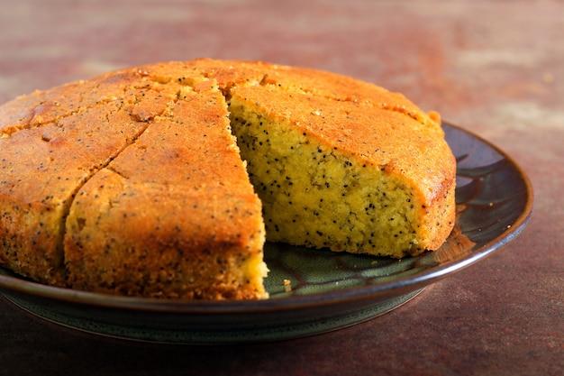 Poppy seed cake on plate Premium Photo