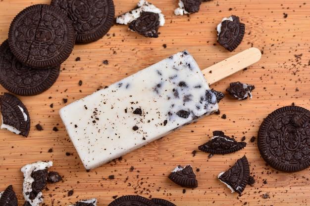 Popsicle chocolate ice cream bar, ice pop dessert