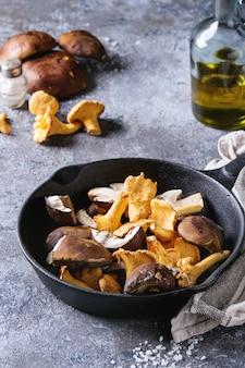 Porcini boletus and chanterelles mushrooms