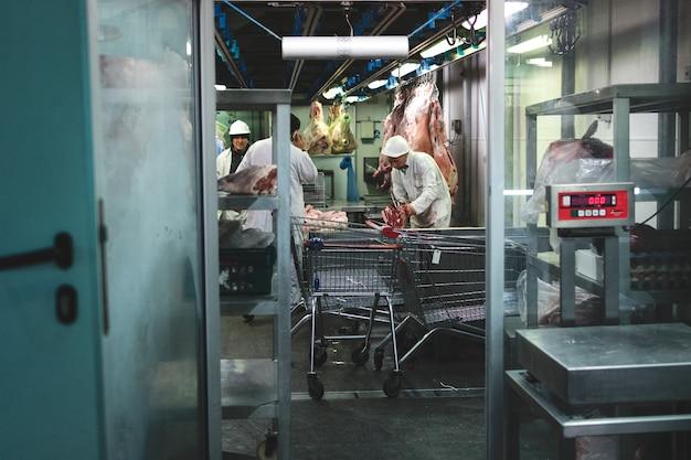 肉市場での肉豚肉