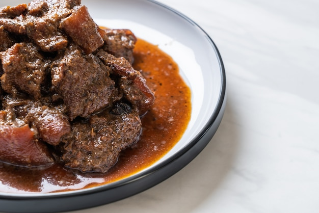 Pork stew with herb