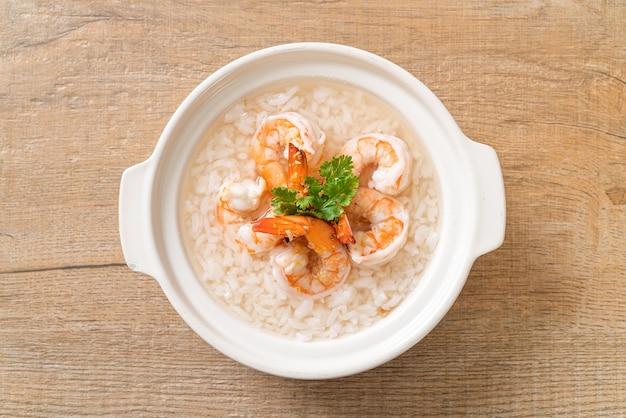 エビ丼のお粥またはご飯のスープ