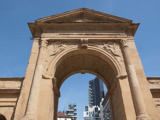 Порта нуова в милане