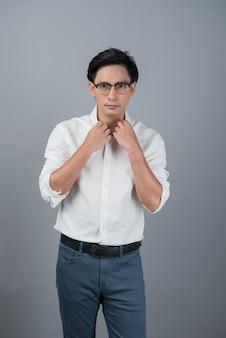アジアの若い男の肖像画、ティーンエイジャー