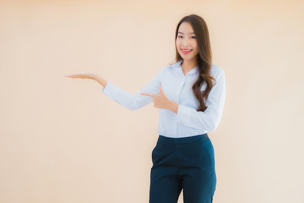 Portrait beautiful young asian business woman