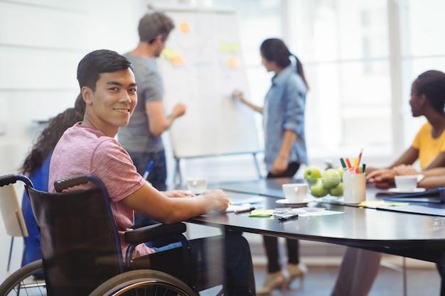 Качественная психологическая помощь позволяет людям с инвалидностью по новому взглянуть на свою жизнь