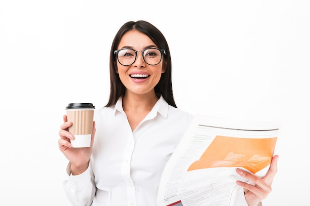 Portrait of a cheerful asian businesswoman in eyeglasses
