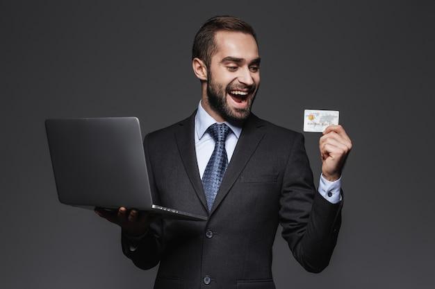 Cách làm thẻ tín dụng đúng chuẩn, an toàn?