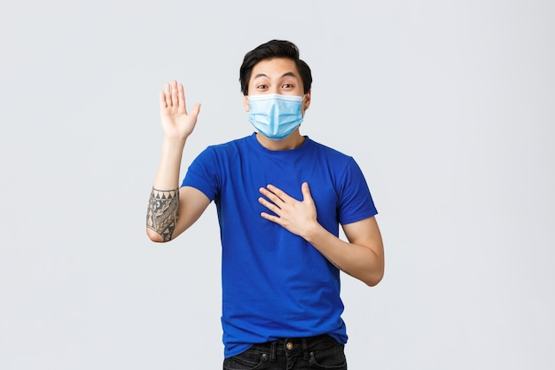 Portrait of delivery man with face mask