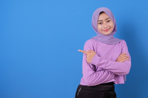 Portrait of lady casual beautiful pointing expression