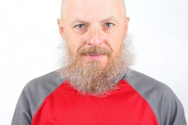 ひげを生やした男の肖像