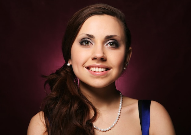 Портрет красивой молодой сексуальной женщины