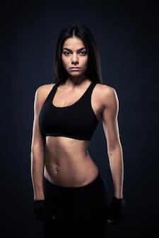 Портрет женщины фитнеса