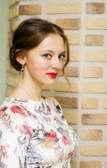 아름 다운 드레스에 여자의 초상화