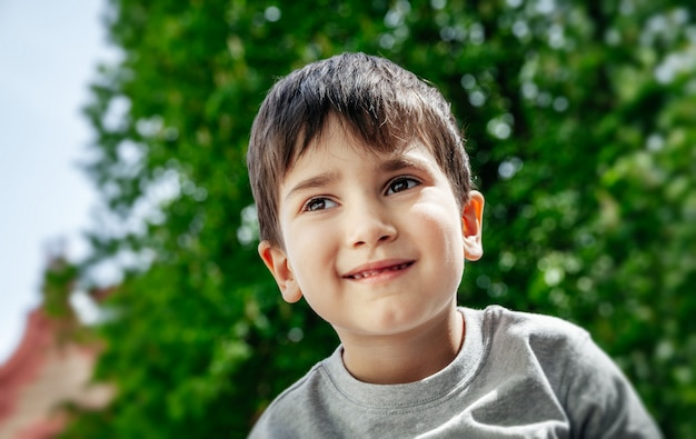 Портрет маленького мальчика