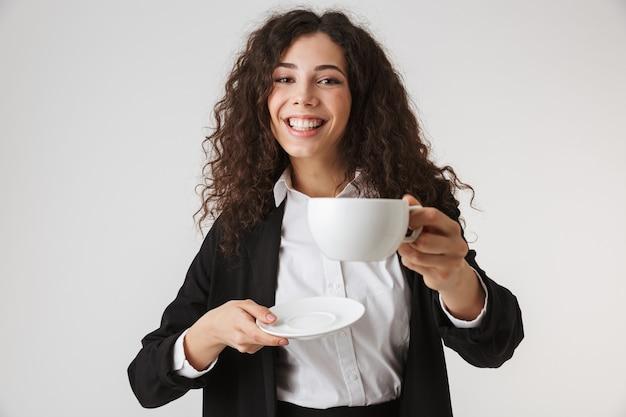 Портрет прекрасной молодой деловой женщины