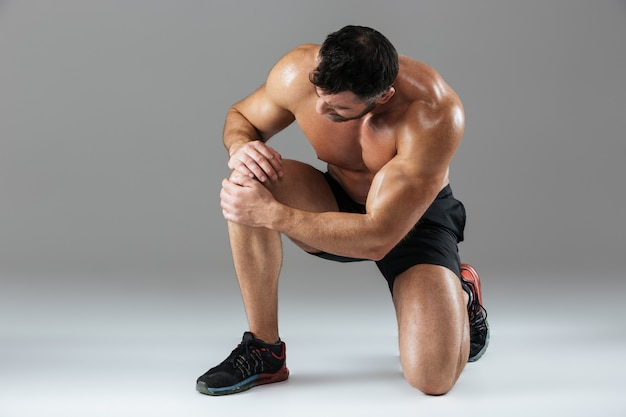 강한 근육질 남성 보디의 초상화
