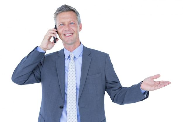 電話で成功したビジネスマンの肖像