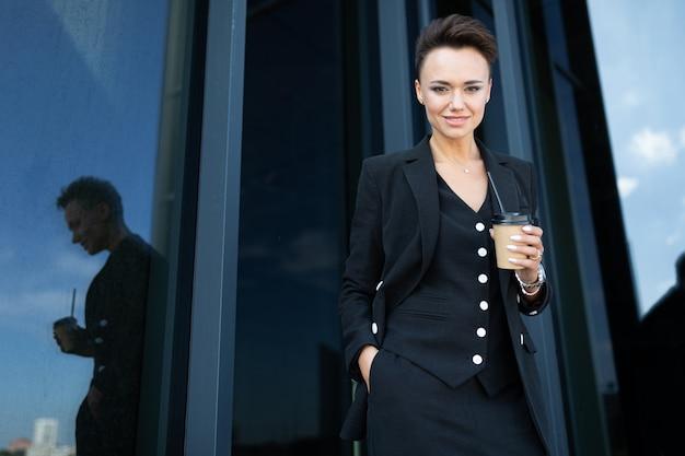 Портрет успешной бизнес-леди