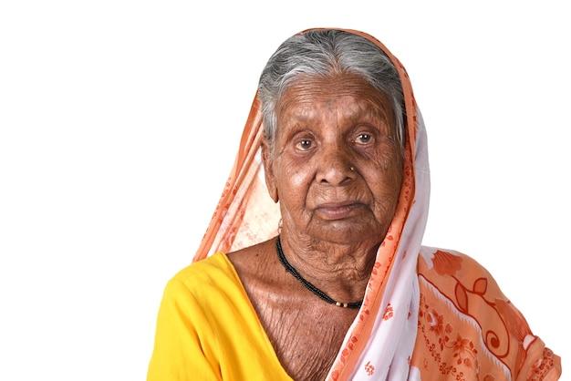 老婆、シニアインドの女性の肖像画
