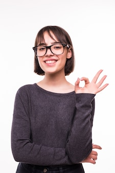 大丈夫を示す魅力的な若い十代の少女の肖像画