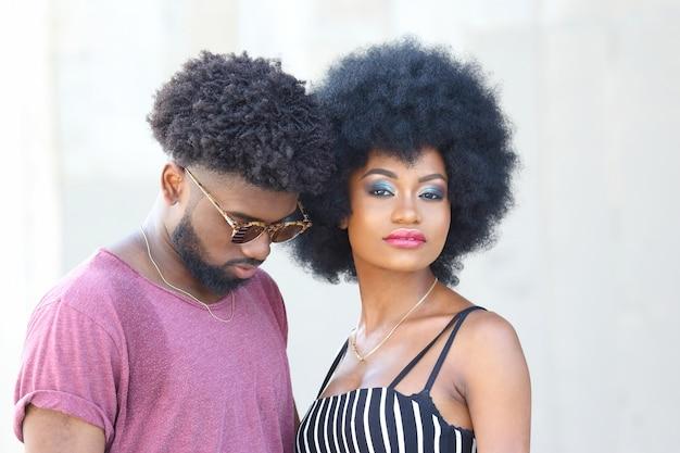 一緒に黒人男性と女性の肖像画