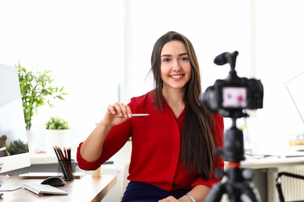 Портрет деловой женщины на работе
