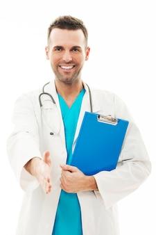 自信のある男性医師の肖像画